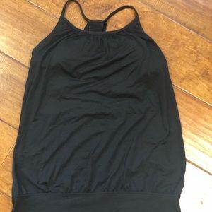 Lululemon black top women size 6